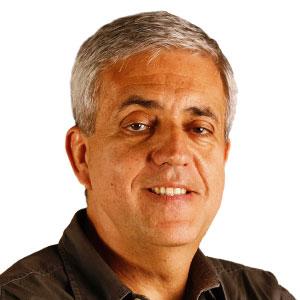 José Castello